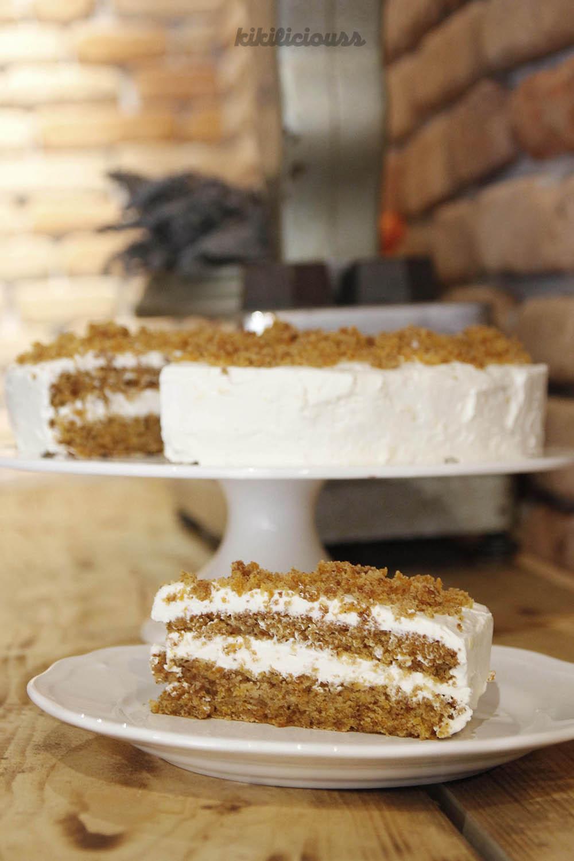 Tortë Karrote me Krem Puding Vanilje